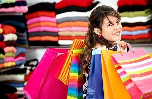 Christmas-Shopping-for-Women-2