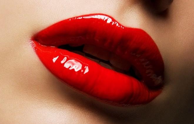 red_lip